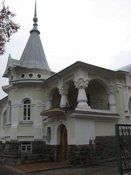 olexandriya_-_pischevich_facade